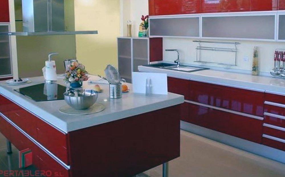 Fábrica de cocinas y armarios en Madrid - Hipertablero